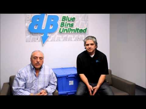 Commercial Moving Boxes in Toronto - President Joe Lopes with Francois Parent