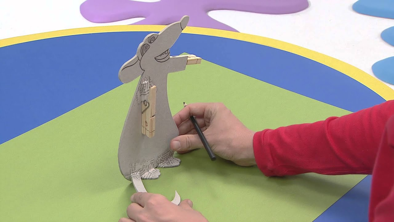 art attack personnages pince linge sur disney junior vf youtube. Black Bedroom Furniture Sets. Home Design Ideas
