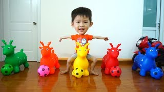 Learn Colors with Soccer balls and Bouncy Animals! Baby Xavi with Animals Skippy Balls for kids