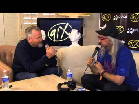 Dinosaur Jr. Interview @ Coachella 2013 - YouTube