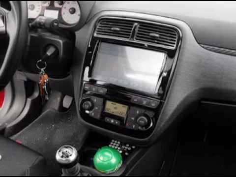 autoradio speciale con comandi al volante grande punto anno 2005 a 2009 musica movil. Black Bedroom Furniture Sets. Home Design Ideas