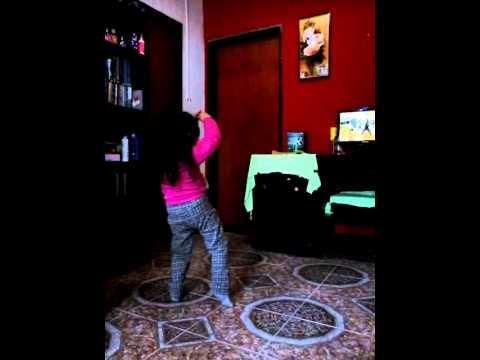 coreografia de jose saer por nena de 3 años