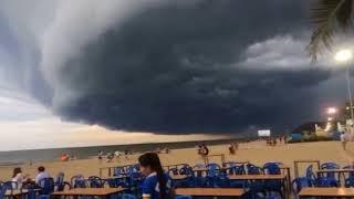 Nguyệt thực toàn phần tối 31/8: Xem lại hiện tượng mây khổng lồ hình quái vật tại Sầm Sơn
