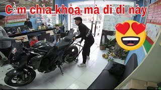 Cutting hair Being changed by the shopkeeper Getting the Z800 :( Please check the Z800 again