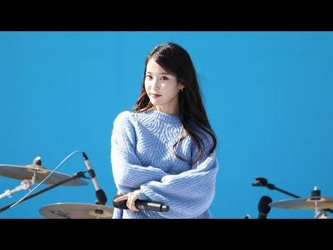 180930 아이유(IU) - 좋은 날 (Good Day) [삼성카드홀가분마켓] 4K 직캠 by 비몽