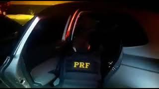 Detento é preso pela PRF na BR-116, em Pelotas, usando papel alumínio na tornozeleira eletrônica