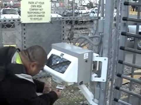 Biometric Identification Outdoor Access Control In Spanish_Español