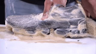 How To Clean shoes & Protect Nike Air Vapormax Flyknit Cookies and Cream - Crep Protect Cure
