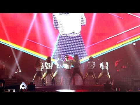 PSY - GENTLEMAN '2013 PSY CONCERT 달밤에체조 (GYMNASTICS BY THE MOONLIGHT)' - officialpsy  - zw78uKWAqZI -