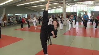 Chloe and Grace Bruce Extream Kicking Seminar at Cincinnati Taekwondo Center