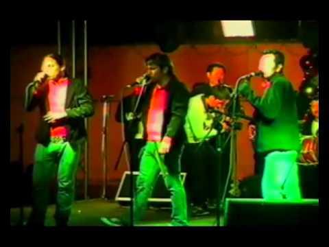 ARRECIFE EN VIVO PRESENTANDO A LOS MUSICOS