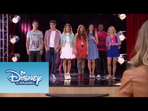 Violetta: Video Musical ¨Algo Se Enciende¨ - Smashpipe Entertainment