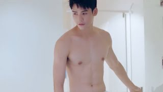 Can you control yourself facing Gong Jun who gets undressed often?|TheLoveEquations致我们甜甜的小美满